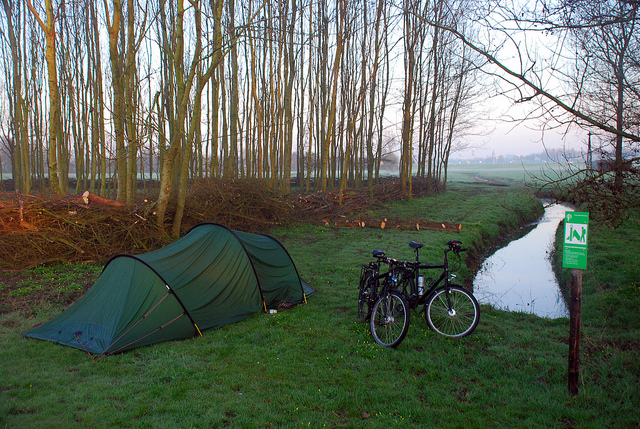 Free camping in the Netherlands, courtesy of the Staatsbosbeheer.